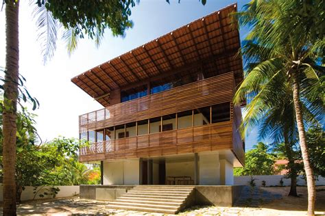 Tropical Home Style : Tropical House / Camarim Architects