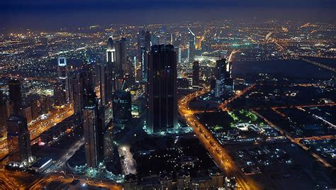 how many floors in burj khalifa 2017 meze