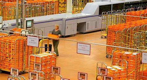 distribution la poste et la presse n 233 gocient les tarifs