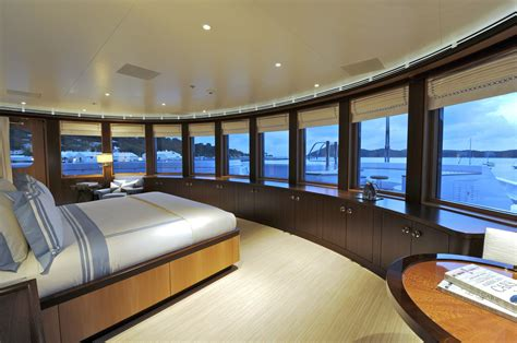 Big Sailboat Jobs by Incredible Bedroom In An Incredible Luxury Yacht