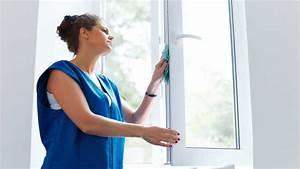 Streifenfrei Fenster Putzen : fenster streifenfrei putzen so machen sie es richtig updated ~ Markanthonyermac.com Haus und Dekorationen