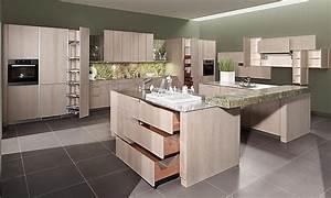 Stauraum Kleine Küche : stauraum optimal nutzen ergonomie in der k che ~ Markanthonyermac.com Haus und Dekorationen