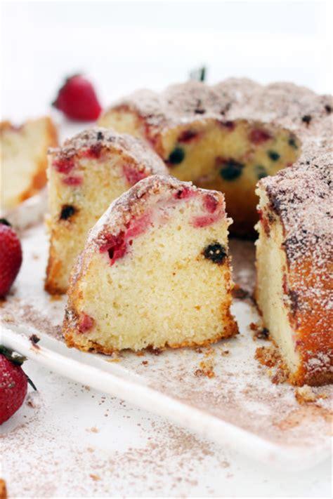 strawberry bundt cake strawberry chocolate bundt cake simple perfection