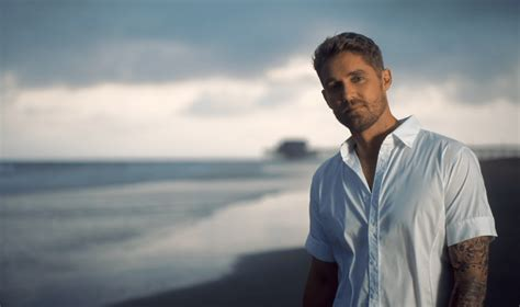Brett Young Savors The Moment In 'here Tonight' Sounds