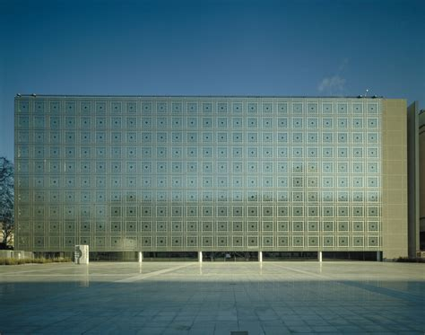 light matters mashrabiyas translating tradition into dynamic facades archdaily