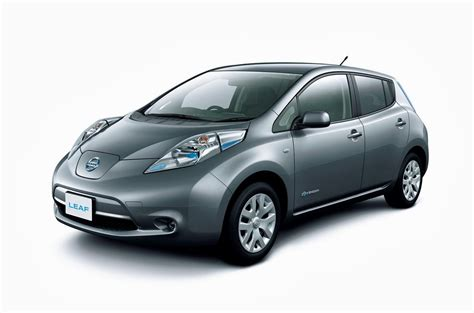 400 km range nissan leaf could become reality electric vehicle news