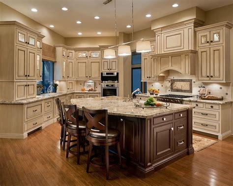 Atemberaubende Creme Küchenschränke Küchenschrank