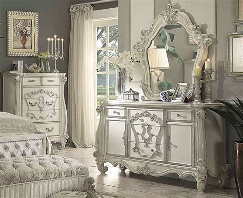 Kodie Victorian Style Bedroom Furniture