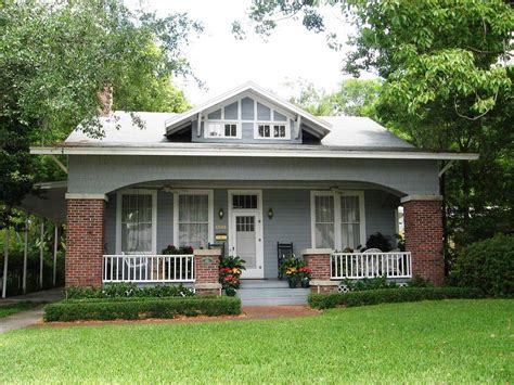 Bungalow House Design Front Porch And Yard Photo