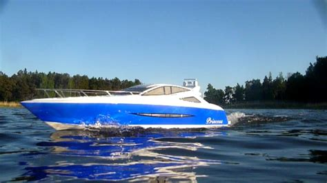 Boat R Videos by Rc Boat Princess Rc Yacht Video Youtube
