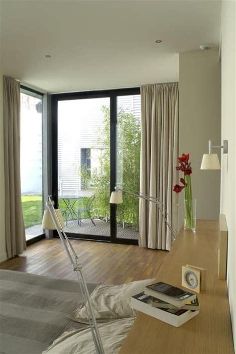 1000 id 233 es 224 propos de baie vitr 233 e de chambre sur rideaux du bow window d 233 cor du
