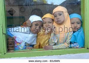 happy muslim children at the charity sponsored islamic ...