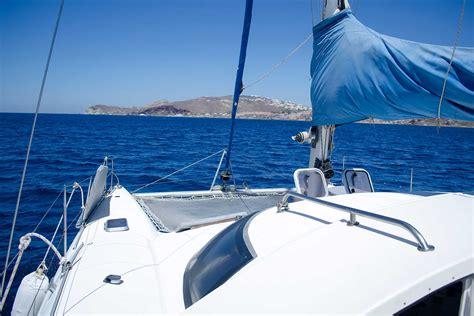 Catamaran Charter Companies by Yacht Charter Catamaran Santocruise Santorini Island Greece