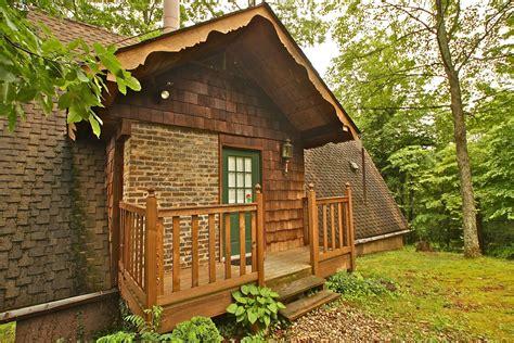 1 bedroom cabin rentals in gatlinburg tn mtn laurel chalets