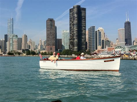Group Boat Cruise Chicago by Cruising Live Ish From The Chicago River Acbs