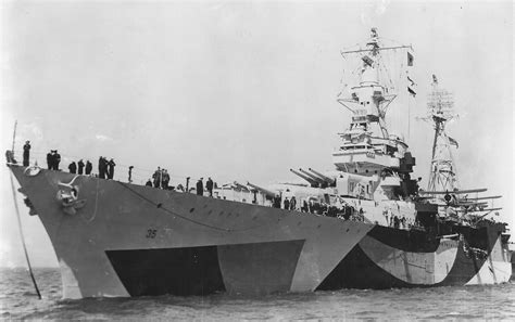 heavy cruiser uss indianapolis ca 35 in camouflage bow