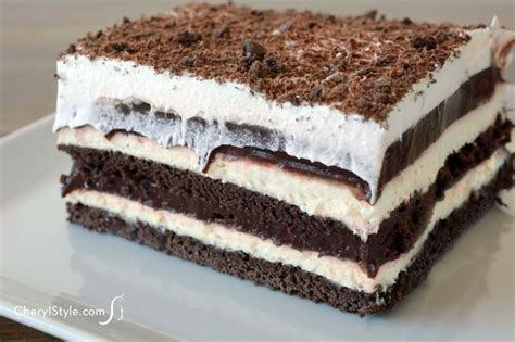 easy chocolate dessert lasagna recipe with pudding and cheese