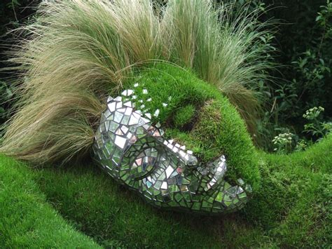 Garden Art : Garden Sculpture Ideas