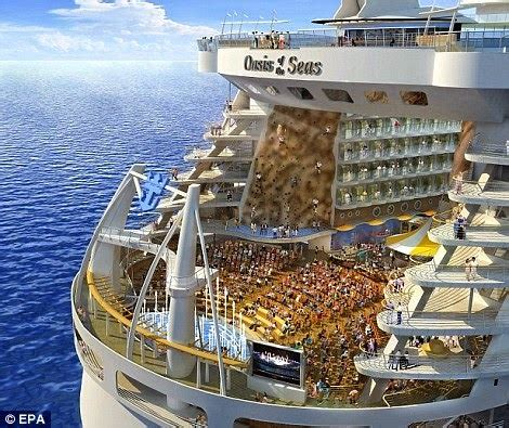 Pictures Of The Biggest Boat In The World by Amazing Arts Oasis The World S Largest Cruise Ship