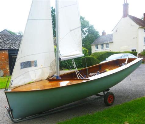 Boat Tubes For Sale Gumtree by Albacore Sailing Dinghy Reduced For Quick Sale In