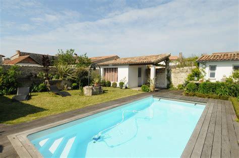 location de vacances le bois plage en re villa avec piscine n 176 0504 disponible