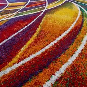 Teppich Läufer Lila : designer teppich bunt streifen model multicolour lila gelb rot preiswert modern moderne teppiche ~ Markanthonyermac.com Haus und Dekorationen