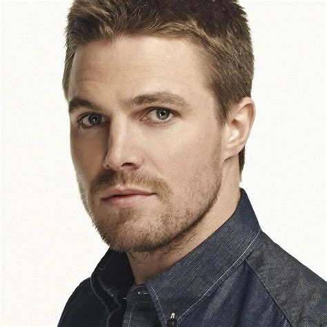 Stephen Amell 30 Amazing Facts About The Actor! (list