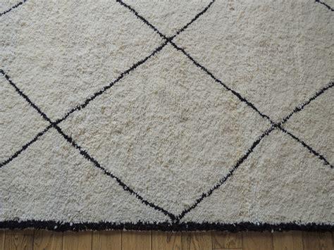 tapis berbere noir et blanc images