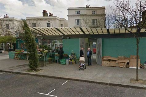 turquoise island half florist half toilet in notting hill ghosts