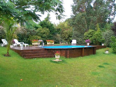 piscine hors sol en bois semi enterr 233 e sur terrain en pente jardin petites