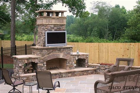 Outdoor Fireplaces : Fireplace Kits, Outdoor Fireplaces And Pits