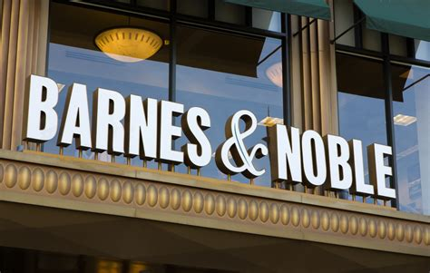 barnes and noble salary barnes noble s ceo on brick and mortar pymnts