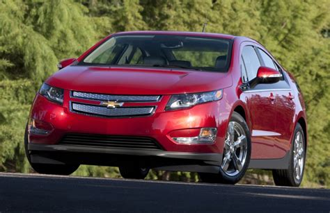 2015 chevy volt gets larger battery though range remains the same