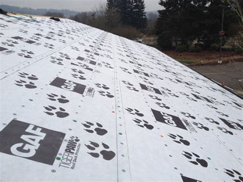 why use a synthetic underlayment on your new roof pnw roofer