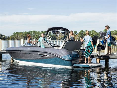 Sea Ray Surf Boat by Sea Ray Releasing A New Inboard Boats Accessories Tow