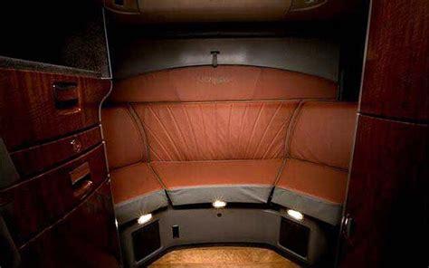 International Trucks Lonestar Interior