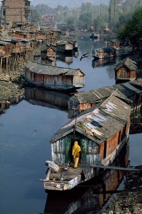 Houseboat In Hindi by Houseboats Kashmir India India Pinterest