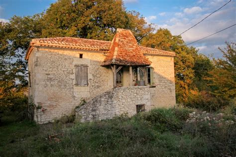 maison 224 vendre en midi pyrenees lot ste croix propri 233 t 233 exceptionnelle 224 r 233 nover maison en