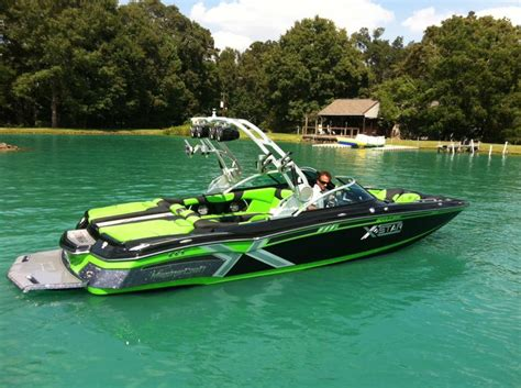 X Star Boat by 2014 Xstar Boats Accessories Tow Vehicles