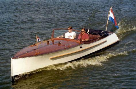 Te Koop Gevraagd Speedboot by Hoosjebootje