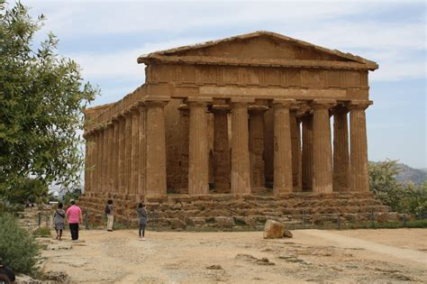 Ancient Greek Temples Of The Mediterranean
