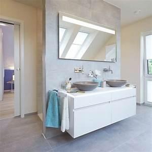 Boden Für Badezimmer : badezimmer mit vorwand f r waschtisch und r ckwand f r die dusche fliesen rechteckig an der ~ Markanthonyermac.com Haus und Dekorationen