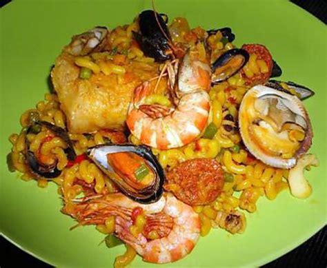fideua paella aux pates et poissons