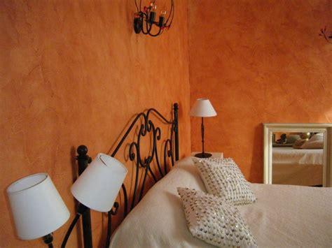 enduire un mur int rieur enduit ou crepi interieur decoratif agaroth