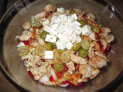 salade de p 226 tes au poulet a bista de nas