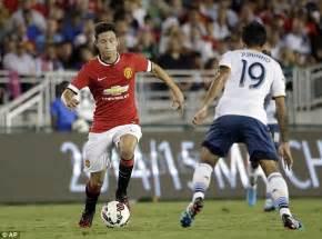 Ander Herrera plays down Manchester United's 7-0 win vs LA ...