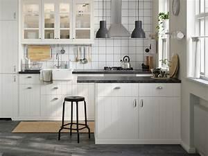 Küchen Planen Tipps Und Ideen : kleine k chen planen gestalten ~ Markanthonyermac.com Haus und Dekorationen