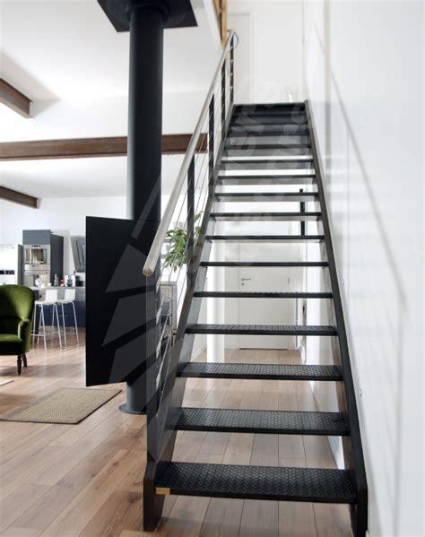 photo dt38 esca droit 174 escalier m 233 tallique d int 233 rieur design pour une d 233 coration de style