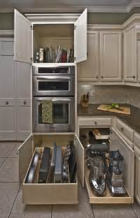 Kitchen Cabinets Organizers Uk by Best 25 Slide Out Shelves Ideas On Bathroom