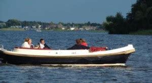 Loosdrecht Fluisterboot by Bootverhuur Rondvaart Zelf Varen Sloep Huren In Noord